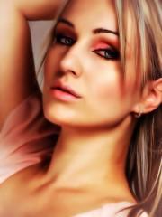 woman-729980_1280